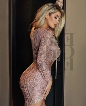 Chadia nuru massage in Metairie