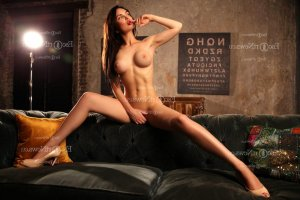 Cyanne live escorts, massage parlor