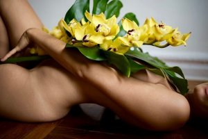 Carmene thai massage