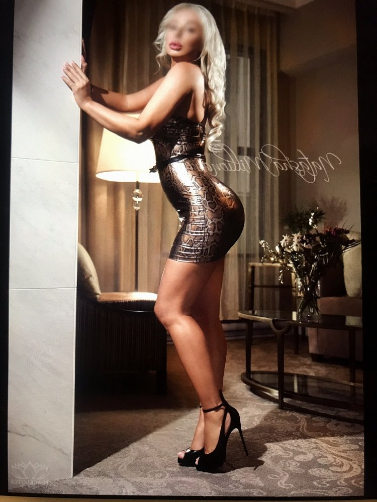tantra massage in Lady Lake and live escort