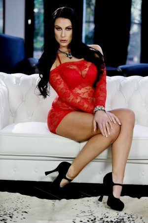 Izzy live escort in Aurora, massage parlor